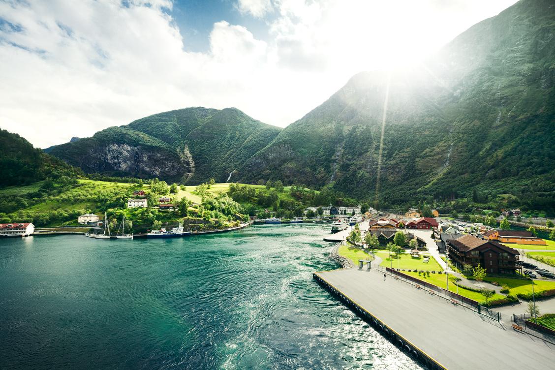 Imagini pentru Flam (Norvegia)