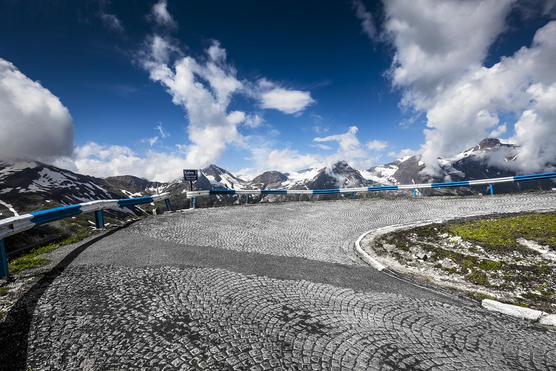 Kehre 3 auf der Bergstraße zur Edelweißspitze