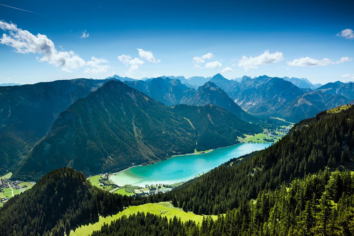 Blick auf den Aachensee und das Karwendelgebirge, Rofanbahn