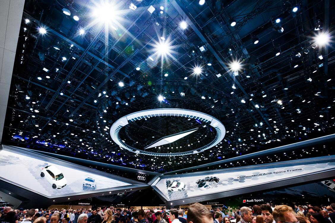 Blick auf den Audi Messestand