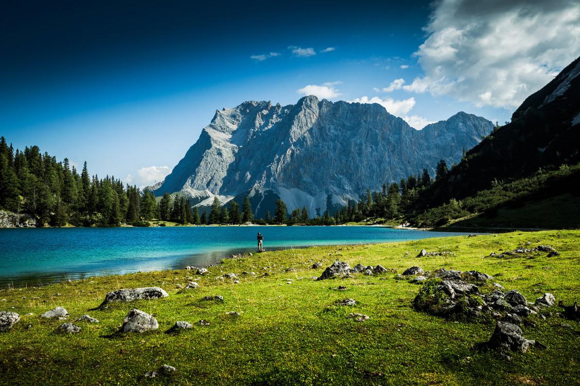 Seebensee mit der Zugspitze im Hintergrund